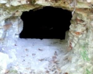 jul15-9-petit trou_cave